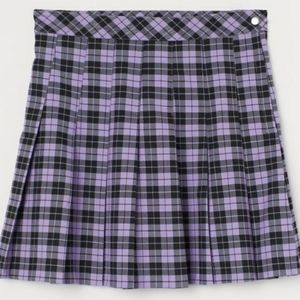 Pleated skirt 💜